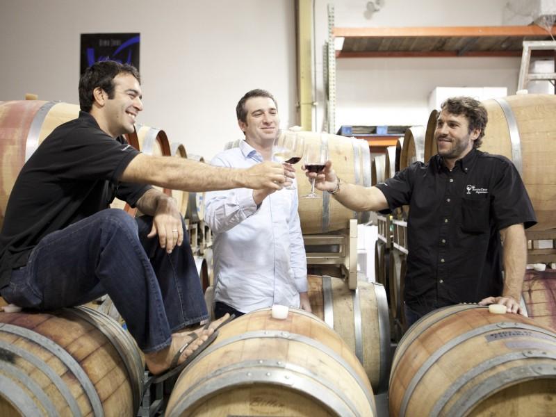 wine-kegs-cheers